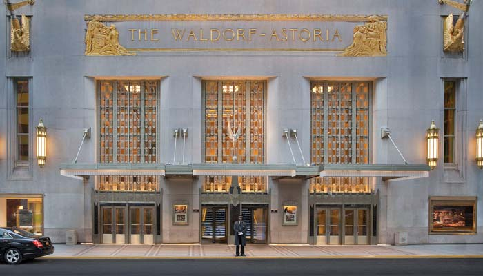 Waldorf Astoria outside
