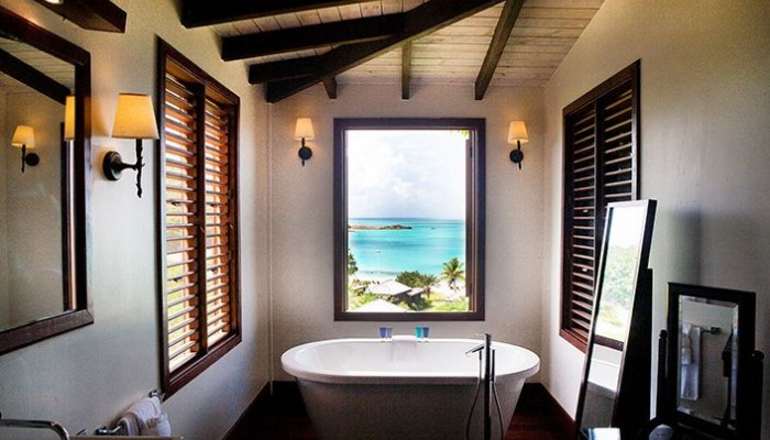 hermitage bay bathroom